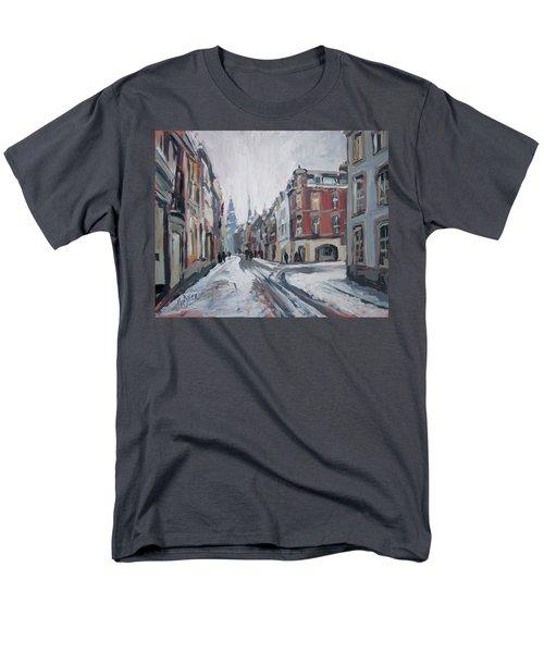 The White Grand Canal Street Maastricht Men's T-Shirt  (Regular Fit)
