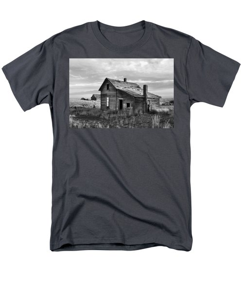 This Old House Men's T-Shirt  (Regular Fit) by Jim Walls PhotoArtist