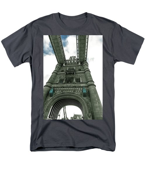 Tower Bridge Men's T-Shirt  (Regular Fit) by Patrick Kain