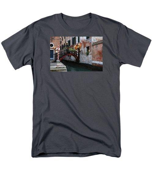 Venice Italy - The Cheerful Christmassy Restaurant Entrance Bridge Men's T-Shirt  (Regular Fit) by Georgia Mizuleva