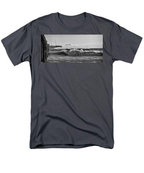 Ventura Pier El Nino 2016 Men's T-Shirt  (Regular Fit) by John A Rodriguez