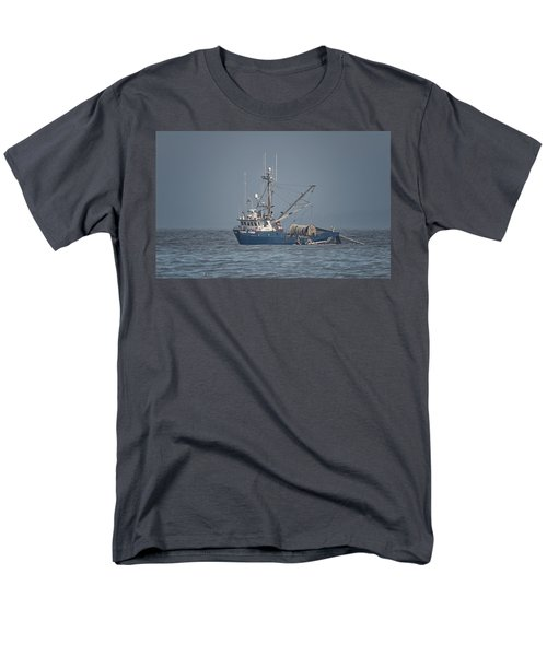 Men's T-Shirt  (Regular Fit) featuring the photograph Viking Fisher 4 by Randy Hall