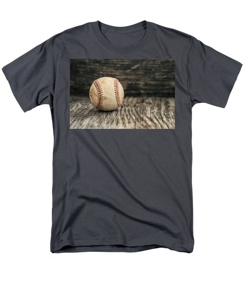 Vintage Baseball Men's T-Shirt  (Regular Fit) by Terry DeLuco