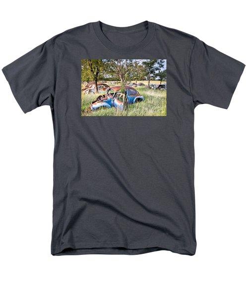 Vw Graveyard Men's T-Shirt  (Regular Fit)