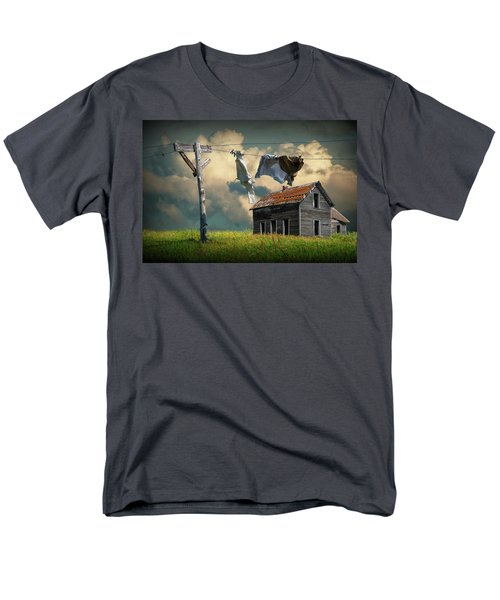 Wash On The Line By Abandoned House Men's T-Shirt  (Regular Fit)