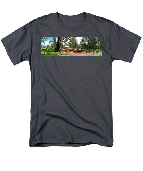 Men's T-Shirt  (Regular Fit) featuring the photograph Wilpena Pound Homestead by Bill Robinson