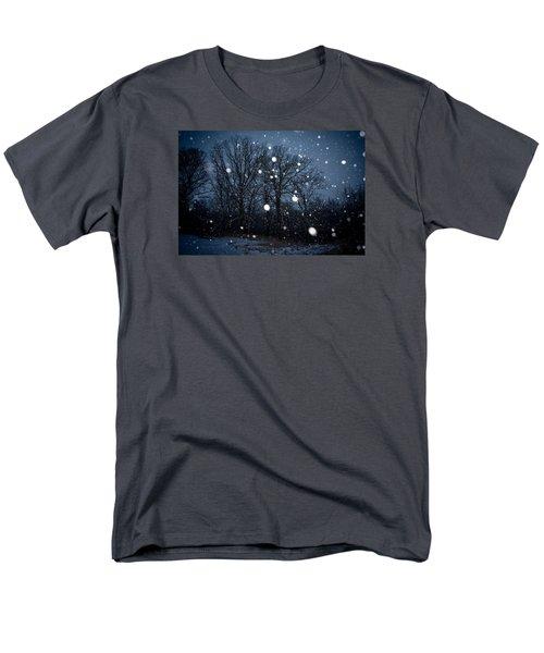 Winter Wonder Men's T-Shirt  (Regular Fit) by Annette Berglund