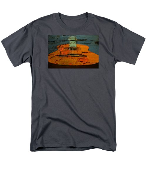 Wooden Guitar Men's T-Shirt  (Regular Fit)