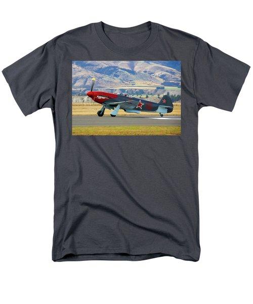 Yakovlev Yak 3-m Men's T-Shirt  (Regular Fit) by Bernard Spragg