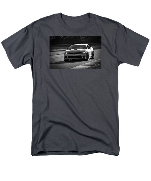 Z28 On Track Men's T-Shirt  (Regular Fit) by Mike Martin
