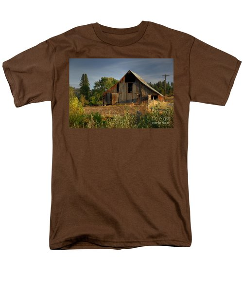 Men's T-Shirt  (Regular Fit) featuring the photograph Yourn Barn by Sam Rosen
