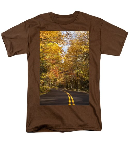 Men's T-Shirt  (Regular Fit) featuring the photograph Autumn Drive by Andrew Soundarajan