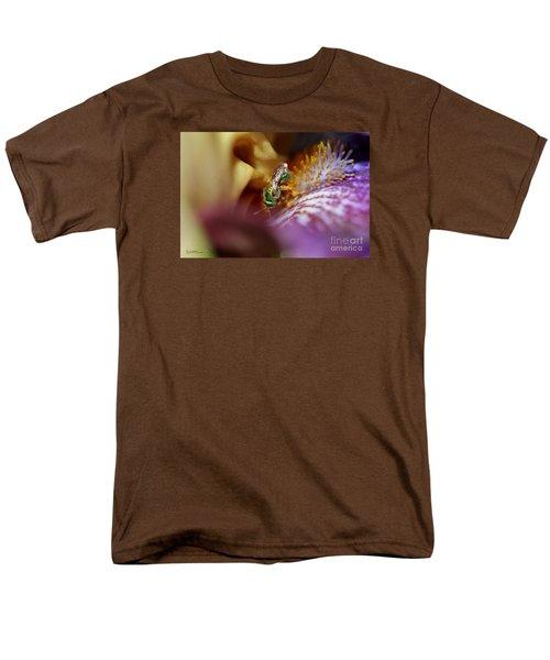 Tall Bearded Iris Named Final Episode Men's T-Shirt  (Regular Fit)