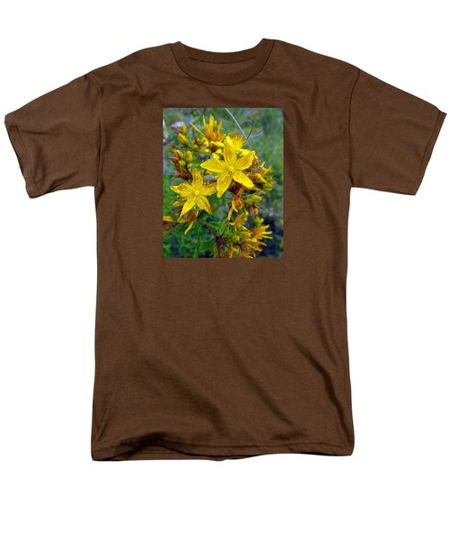 Men's T-Shirt  (Regular Fit) featuring the photograph Beauty In A Weed by I'ina Van Lawick