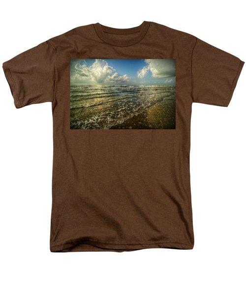 Bolivar Dreams Men's T-Shirt  (Regular Fit) by Linda Unger