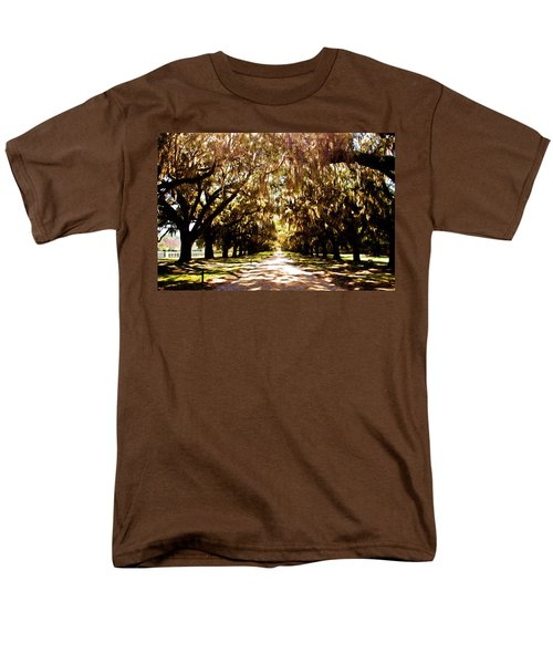 Boone Plantation Men's T-Shirt  (Regular Fit) by Bill Howard