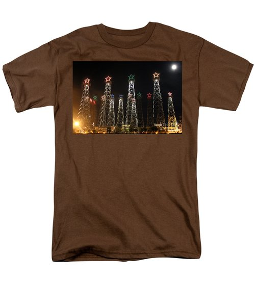 Derricks Under A Full Moon Men's T-Shirt  (Regular Fit)