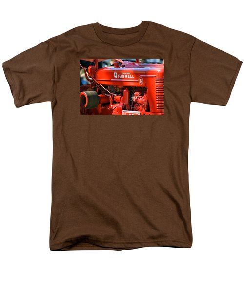Farm Tractor 11 Men's T-Shirt  (Regular Fit) by Thomas Woolworth