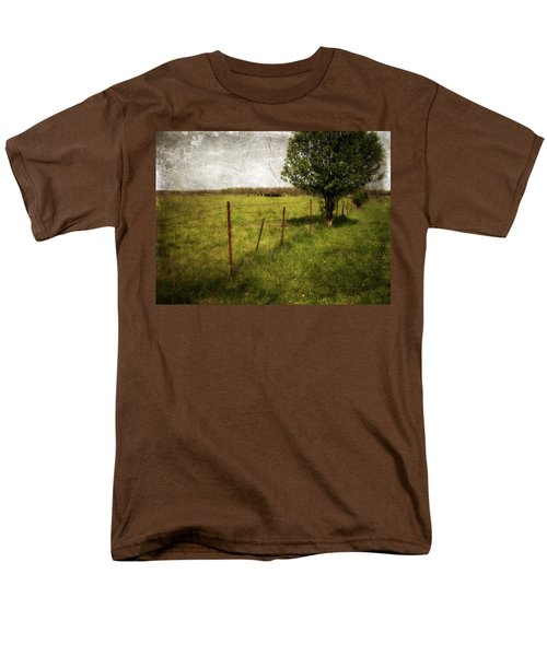 Fence With Tree Men's T-Shirt  (Regular Fit)