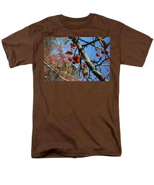 Men's T-Shirt  (Regular Fit) featuring the photograph Focused by Neal Eslinger