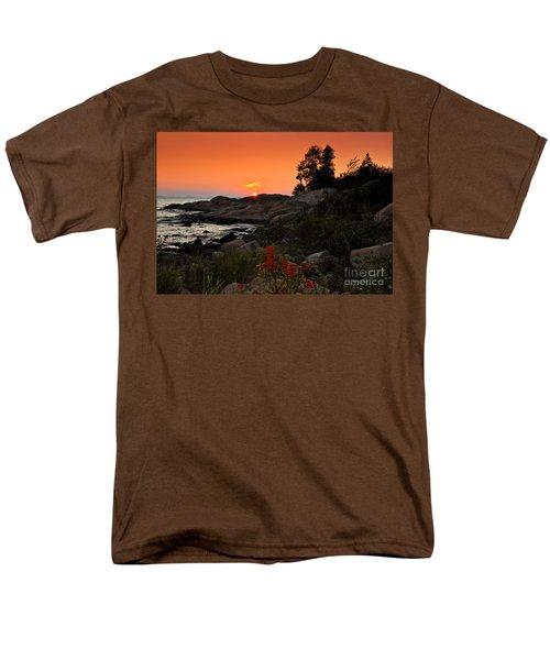 Georgian Bay Sunset Men's T-Shirt  (Regular Fit) by Les Palenik