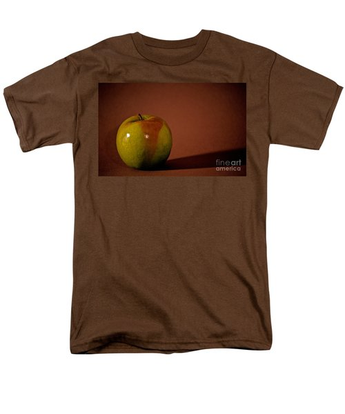 Men's T-Shirt  (Regular Fit) featuring the photograph Granny Smith by Sharon Elliott