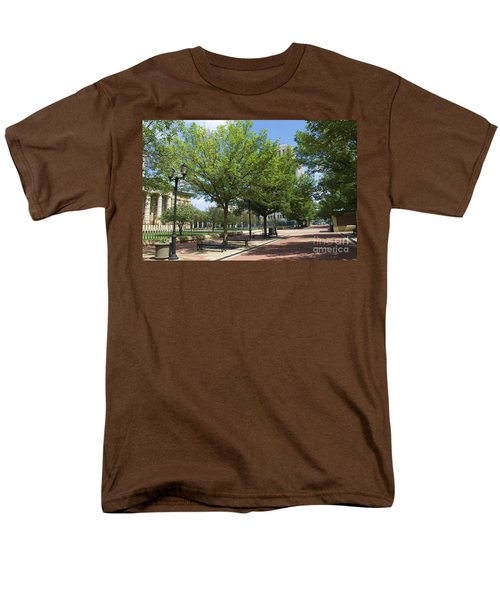 History -  Lincoln Square Springfield Il - Luther Fine Art Men's T-Shirt  (Regular Fit) by Luther Fine Art
