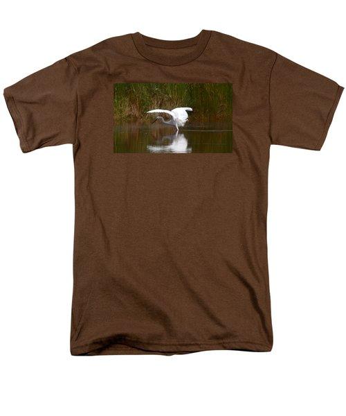 I Look Pretty Men's T-Shirt  (Regular Fit) by Leticia Latocki