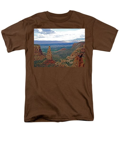 Independence Monument In Colorado National Monument Near Grand Junction-colorado Men's T-Shirt  (Regular Fit) by Ruth Hager