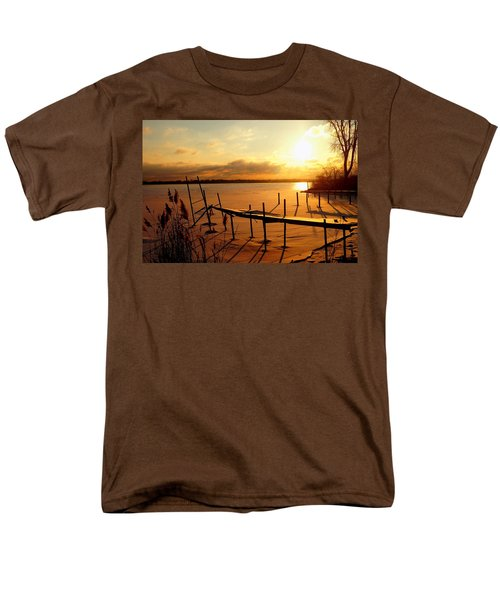 Last Winter ? Men's T-Shirt  (Regular Fit) by Daniel Thompson