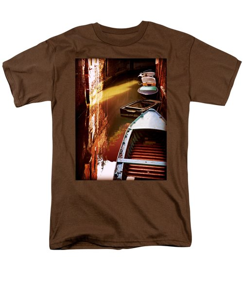 Legata Nel Canale Men's T-Shirt  (Regular Fit) by Micki Findlay
