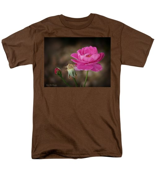 Men's T-Shirt  (Regular Fit) featuring the photograph Life by Lucinda Walter