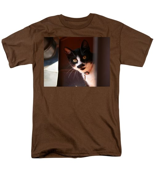 Men's T-Shirt  (Regular Fit) featuring the photograph Lilly by Evelyn Tambour