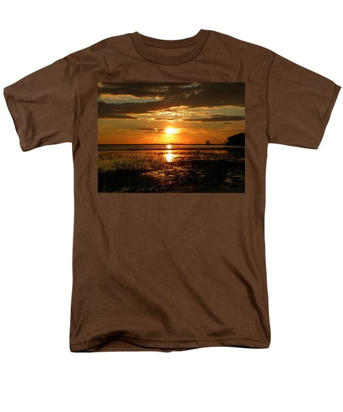 Men's T-Shirt  (Regular Fit) featuring the photograph Manitoba Sunset by James Petersen