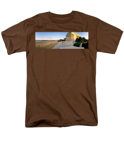 Monument At The Riverside, Jefferson Men's T-Shirt  (Regular Fit) by Panoramic Images