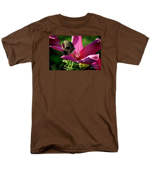 Men's T-Shirt  (Regular Fit) featuring the photograph In The Morning by Nava Thompson