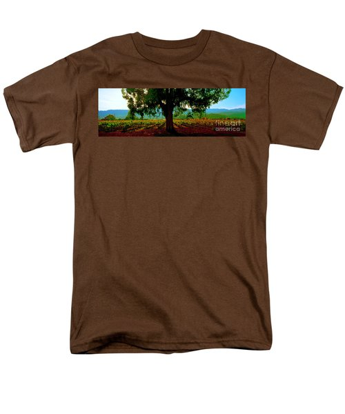 Napa Valley Ingenook Winery Roadside Men's T-Shirt  (Regular Fit) by Tom Jelen