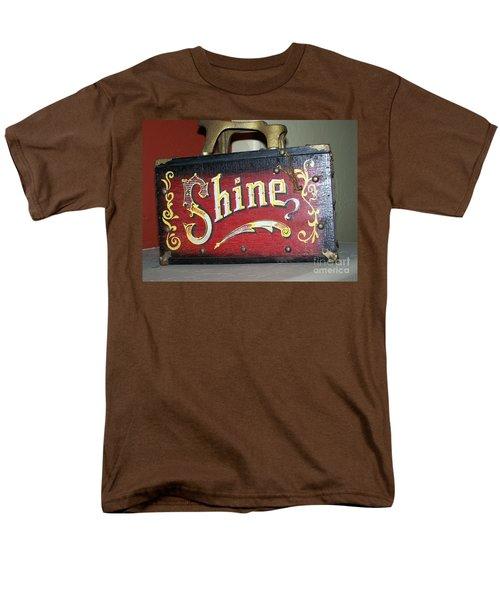Old Shoe Shine Kit Men's T-Shirt  (Regular Fit)