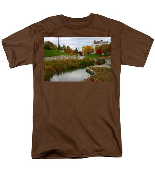 Men's T-Shirt  (Regular Fit) featuring the photograph Omaha In Color by Elizabeth Winter