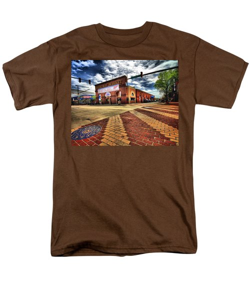 On Broadway Men's T-Shirt  (Regular Fit) by Robert McCubbin