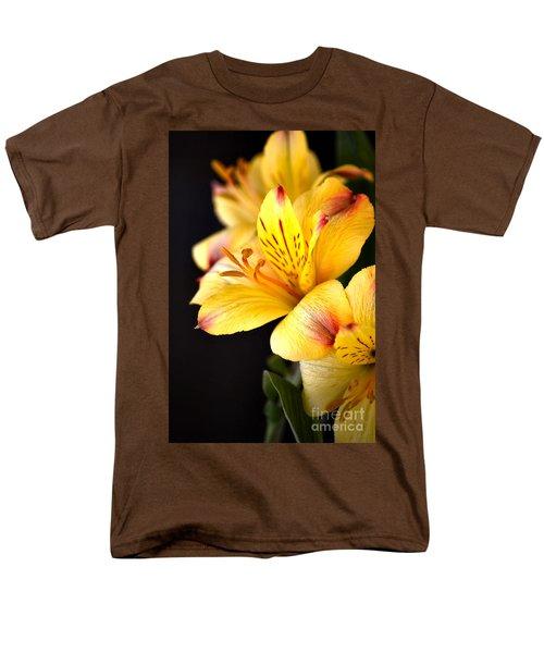 Peruvian Lily Men's T-Shirt  (Regular Fit) by Deb Halloran