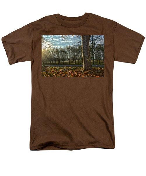 Pollard Willows In Rotterdam Men's T-Shirt  (Regular Fit) by Frans Blok