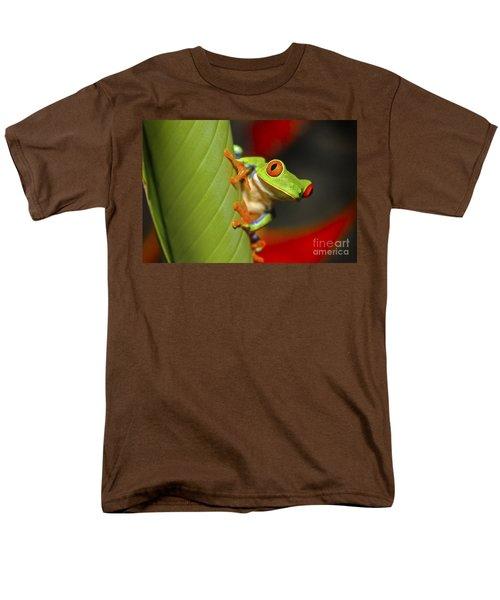 Red Eyed Leaf Frog Men's T-Shirt  (Regular Fit) by Bob Hislop