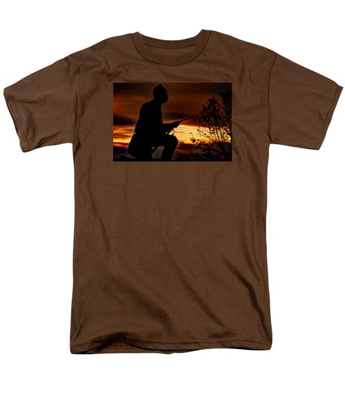 Men's T-Shirt  (Regular Fit) featuring the photograph Sky Fire - 1st Pa Cavalry Regiment-a1 Cemetery Ridge Near Copse Of Trees Dawn Autumn Gettysburg by Michael Mazaika
