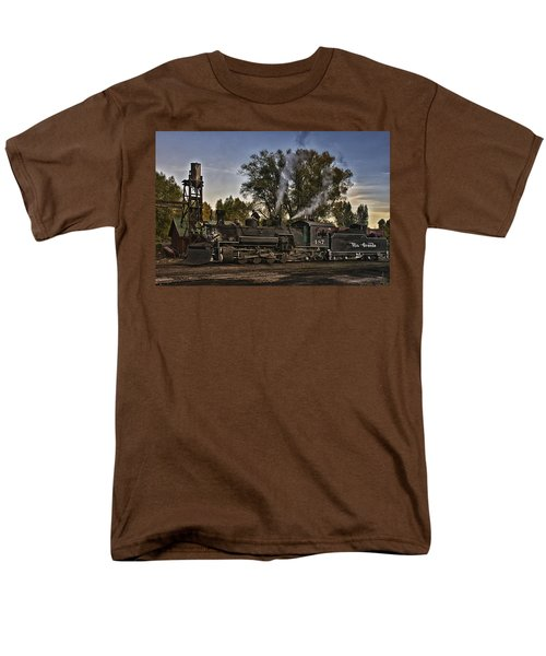Men's T-Shirt  (Regular Fit) featuring the photograph Stopped At Chama by Priscilla Burgers