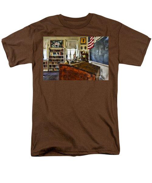 Teacher - Vintage Desk Men's T-Shirt  (Regular Fit) by Paul Ward