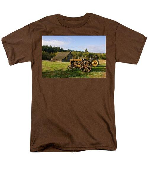 The Johnson Farm Men's T-Shirt  (Regular Fit)