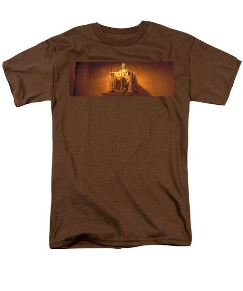 Usa, Washington Dc, Lincoln Memorial Men's T-Shirt  (Regular Fit) by Panoramic Images