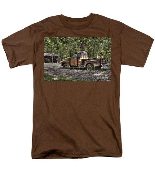Vintage Rust Men's T-Shirt  (Regular Fit) by Benanne Stiens