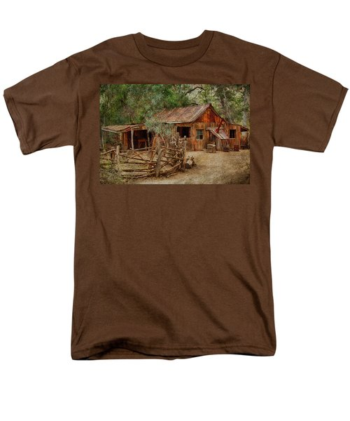 Wool Shed Men's T-Shirt  (Regular Fit) by Fred Larson